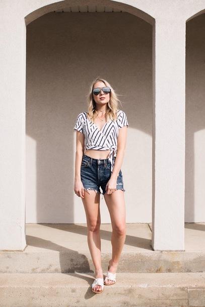 love lenore blogger top shorts sunglasses make-up