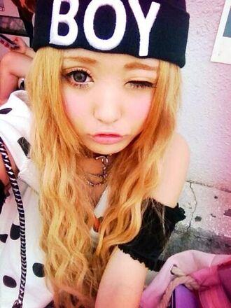 hat hat beanie hair accessories blond hair gyaru japanese pinterest circle lenses