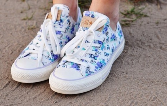 shoes flowers floral converse summer all stars sneakers low top sneakers blue allstars converse floral, blue, white, chucks, converse, all-star,