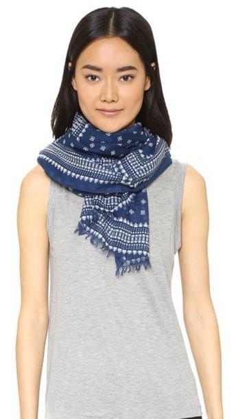 scarf print bandana print