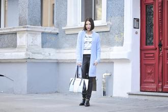 shiny sil blogger blouse bag jewels white t-shirt cardigan blue