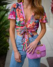 shirt,tumblr,floral,floral top,crop tops,bag,pink bag,gucci,gucci bag,jeans,denim,blue jeans,jewels