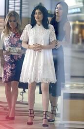 dress,white lace dress,white,white dress,kylie jenner,pumps,shoes