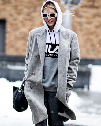 coat tumblr nyfw 2017 fashion week 2017 fashion week streetstyle grey coat hoodie grey hoodie pants bag black bag sunglasses white sunglasses
