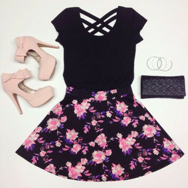 skirt shoes high heels pink pink heels bow platform pumps platform high heels party salmon prom t-shirt socks bows heels floral girly summer outfits fashion black dress top roses so cute!!! bag floral floral skirt dress date outfit flowers on it black dress maxi skirt shirt