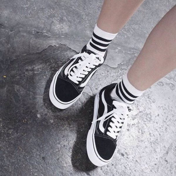 classic vans black and white tumblr