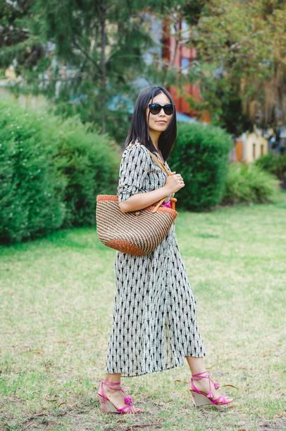 cecylia blogger dress patterned dress bag wedge sandals