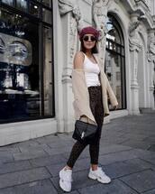 bag,handbag,crocodile,pants,skinny pants,leopard print,sneakers,white sneakers,white top,coat,beret,round sunglasses