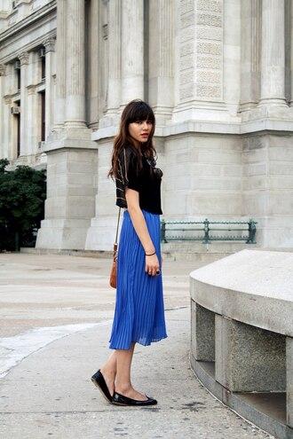 blue skirt pleated natalie off duty