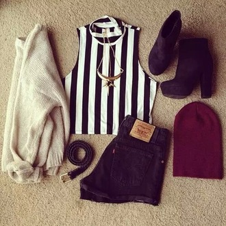 top stripes black and white crop tops