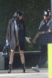 kylie jenner,skorts,black coat,givenchy,boots,kardashians,top