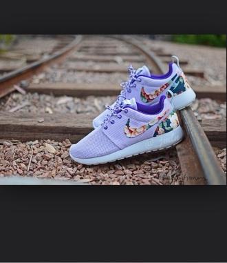 shoes flowers print purple shoes roshe runs nikes neon
