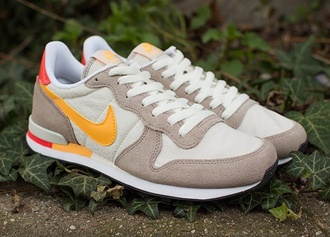 shoes nike internationalist orange red