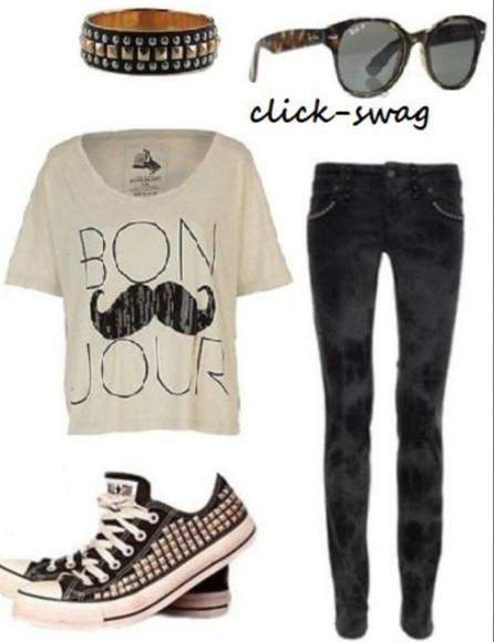 moustache t-shirt sunglasses lunette de soleil bracelets noir noir et blanc pantalon converse converse shoes allstar allstars