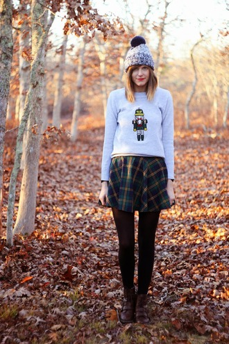 grey sweater blogger christmas sweater steffy's pros and cons plaid skirt pom pom beanie