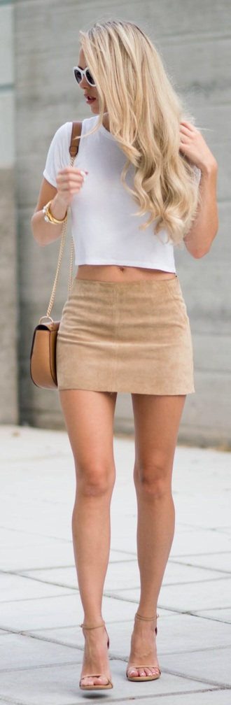 skirt nude style beige fashion suede skirt short skirt suede shoes barely there heels low rise skirt beige crossbody bag beige high heels beige suede skirt beige skirt white crop tops white sunglasses nude mini skirt mini skirt summer outfits nude skirt top crop tops bag chloe bag sandals nude sandals sunglasses
