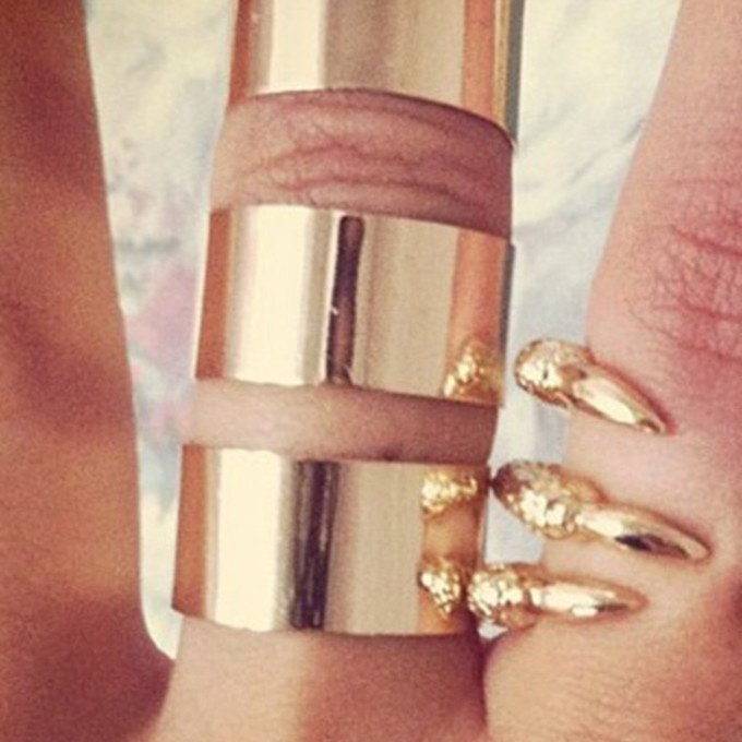 ring jewels ring cuff gold cuff sabo skirt middle finger gold rings the middle