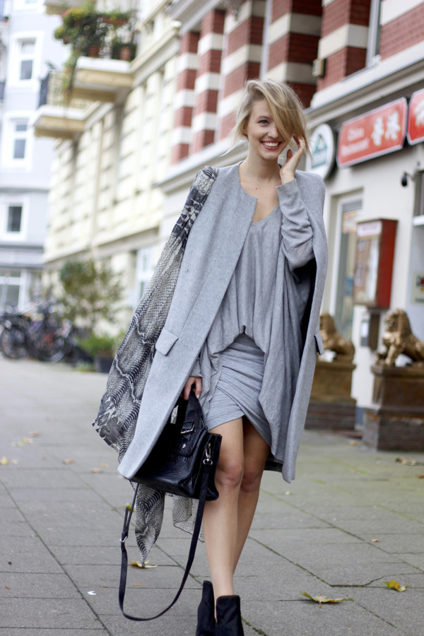 ohh couture blogger scarf bag jersey dress