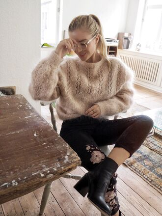 sweater tumblr beige sweater jeans black jeans embroidered embroidered jeans boots high heels boots black boots ankle boots thick heel block heels glasses sweater weather heavy knit jumper thick heel boots jacket