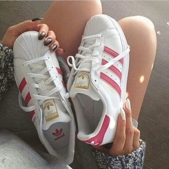 shoes adidas adidas superstars adidas shoes sneakers pink swag white sneakers white mens low top sneakers causal shoes rose adidas originals shoes pink white cute loves superstar red