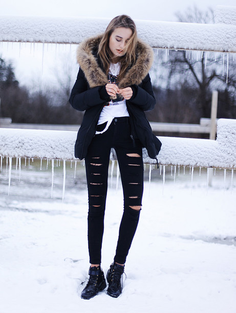 Ripped jeans winter outfit