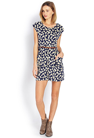 Darling daisy dress w/ belt