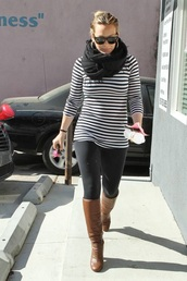 top,quarter sleeved top,black,long top,striped top,black and white,white,scarf,black scarf,chunky scarf,infinity scarf