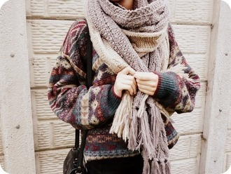 sweater oversized sweater cable knit scarf fashionista jumper aztec aztec sweater brown fall winter outfits cold winter sweater beige scarf black bag chunky scarf chunky patterned sweater nude big size and long strap oversize pattern oversized knit pull pullover sweater weather laine etnic clothes t-shirt