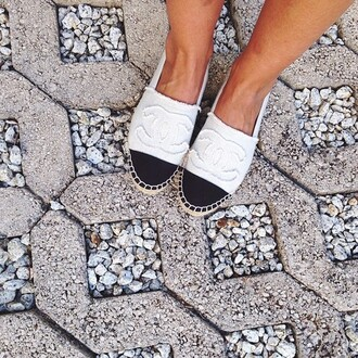 shoes sandals espadrilles black and white chanel
