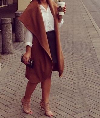 coat caramel