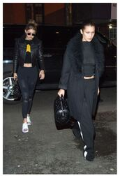 coat,top,gigi hadid,bella hadid,sweatpants,crop tops,all black everything,jacket,leggings,Bella Hadid Crop Top