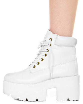 shoes whiteboots timberland platform shoes platform lace up boots boots ankle boots white cleated sole