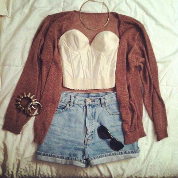 cardigan t-shirt bustier jeans shorts fashion vibe good vibes shorts brown corset top gilet jewelry black sunnies jeans sweater shirt jacket red jacket crop tops necklace jewels set bracelets summer outfits high waisted short blue blouse white short shirt high waisted blue shorts outfit clothes