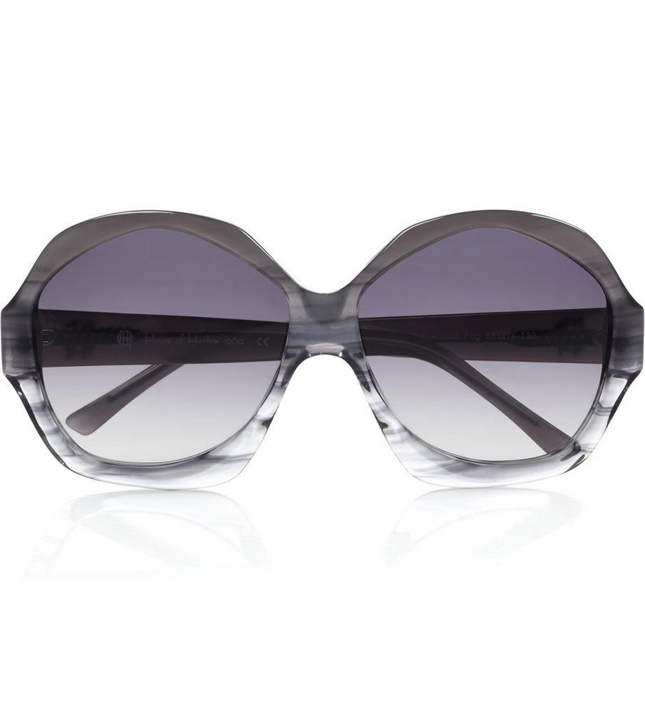 House of Harlow 1960 Winter Kate Anais Fog Sunglasses in Grey / TheFashionMRKT