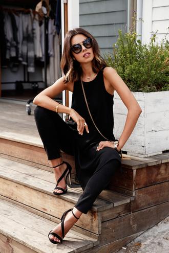 viva luxury blogger top jeans sunglasses bag shoes jewels carvela all black everything
