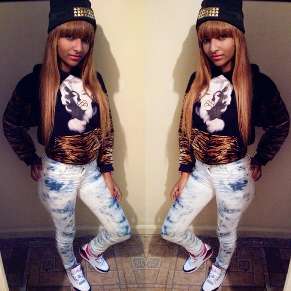 sweater hoodie zebra camouflage studs tie dye light blue black air jordan red long hair jeans fvkin weave marilyn monroe hat