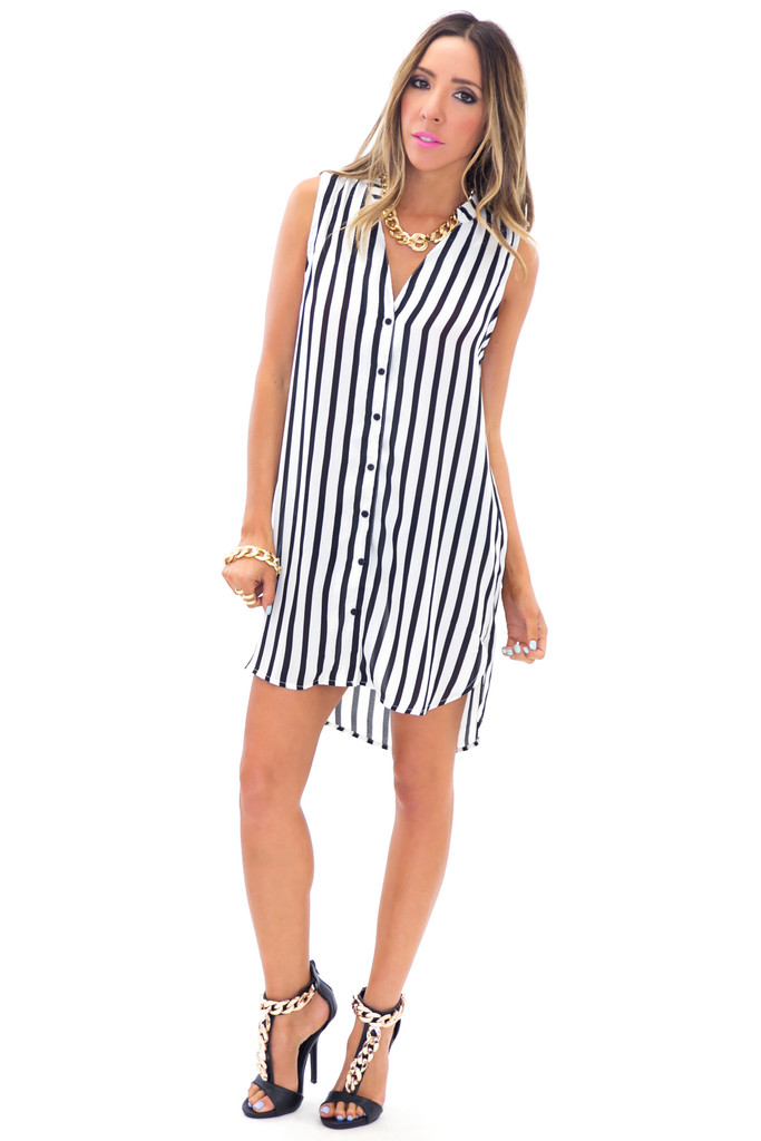 ERIN STRIPED SLEEVELESS DRESS SHIRT | Haute & Rebellious