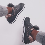 shoes,new balance,low top sneakers,suede sneakers,grey sneakers
