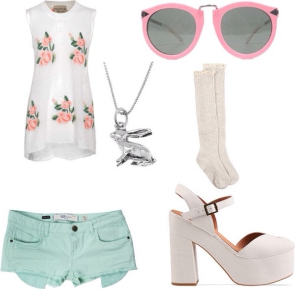 blouse shorts necklace jewels sunglasses