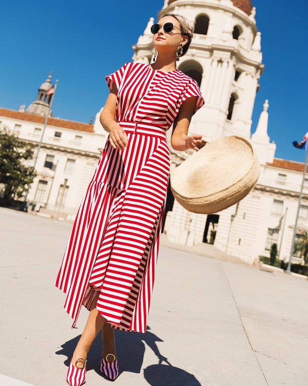dress maxi dress stripes red and white long dress summer hat straw hat shoes sunglasses