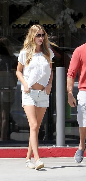 rosie huntington-whiteley shoes shorts