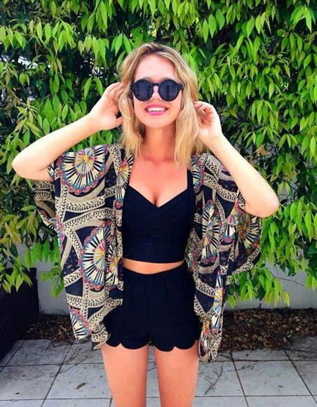 cardigan kimono beauty style bralette scallop shorts essenaoneill Essena O'Neill sunglasses blouse festival top shorts tank top jacket where to get this top? kimono where to get this kimono? black where to get sunglasses?