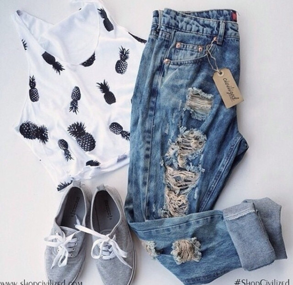 blouse pineapple ripped jeans outfit