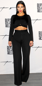 top,pants,shoes,kim kardashian,black,kardashians,crop tops,black crop top,wide-leg pants,black pants