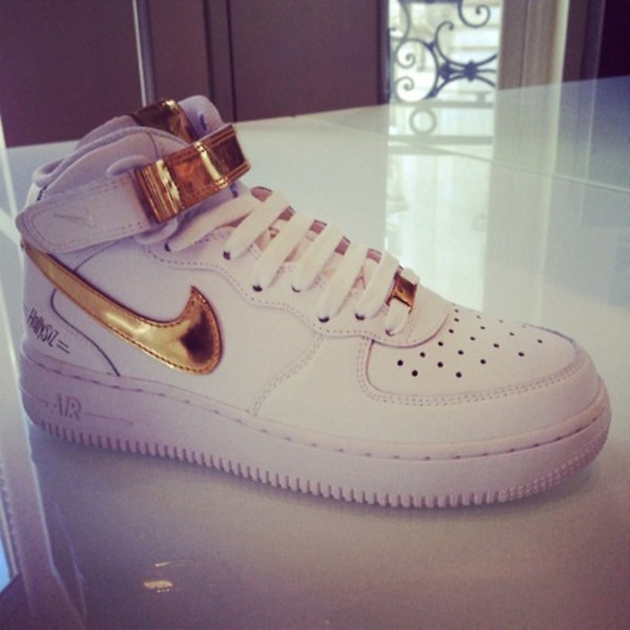 shoes high tops sneakers nike gold white sneakers white and gold white nike sneakers airforce limited edition nike airmax nike free run