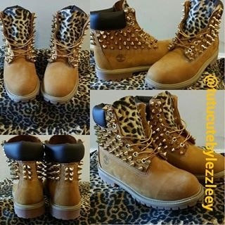 Leopard spiked timberlands