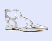 shoes,pointed shoes,silver,silver shoes,strappy,strappy flats