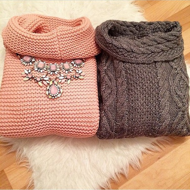 sweater pink sweater grey sweater necklace jewelry