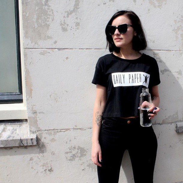 top ontheblock t-shirt daily paper daily paper ootd crop tops cropped tee t-shirt streetwear amsterdam black all black everything african american sunglasses