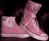 shoes,boots,girl,cool,style,converse,cute,fashion,pink,black,girly shoes,trendy,old school,korean fashion,japanese,important,shoes winter,girly,shoes black wedges,tennis shoes,high top converse,pink shoes,shoes black grunge flat